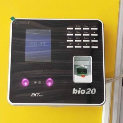 งานติดตั้ง ZKTeco รุ่น MB20
